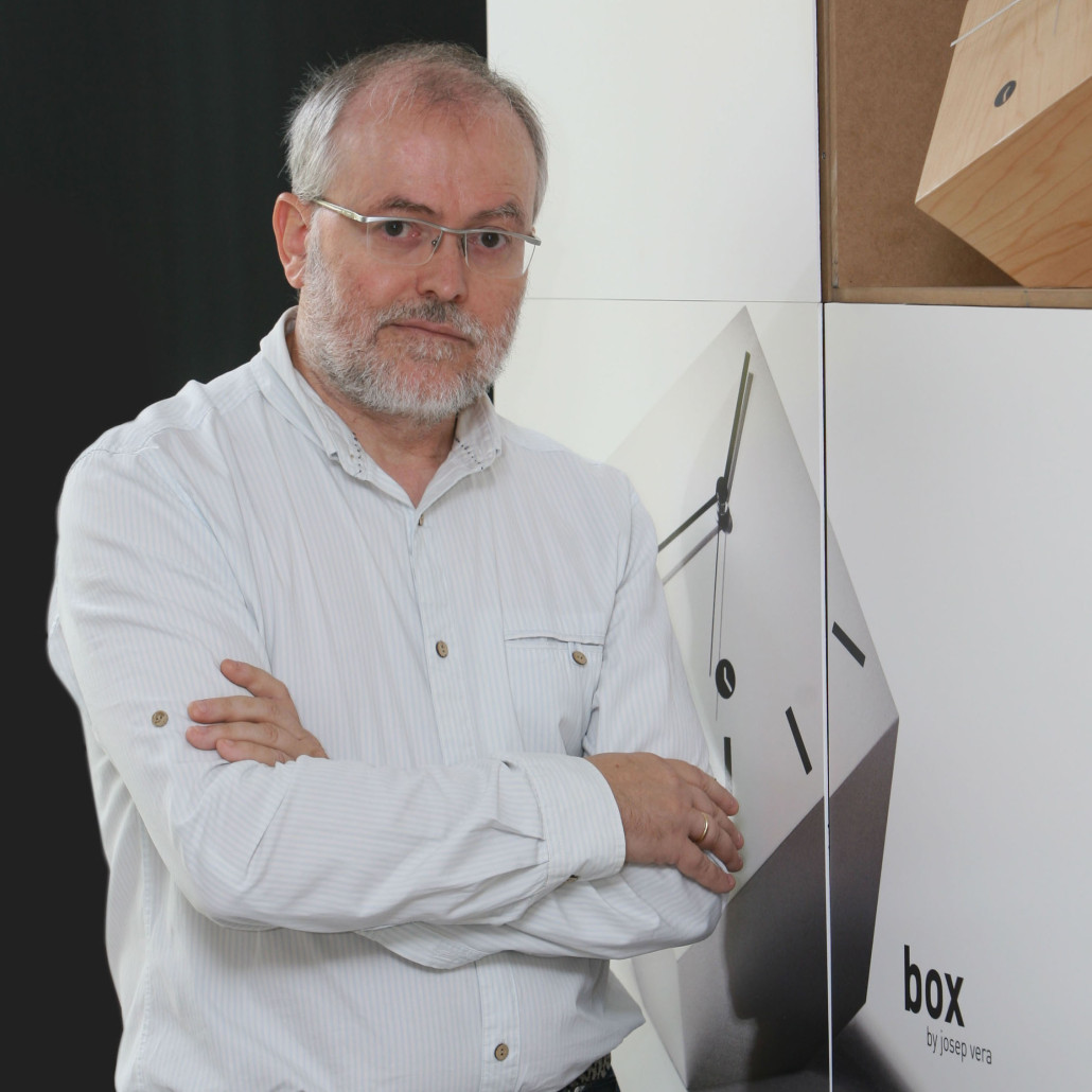 Interview with Josep Vera, tothora design clocks